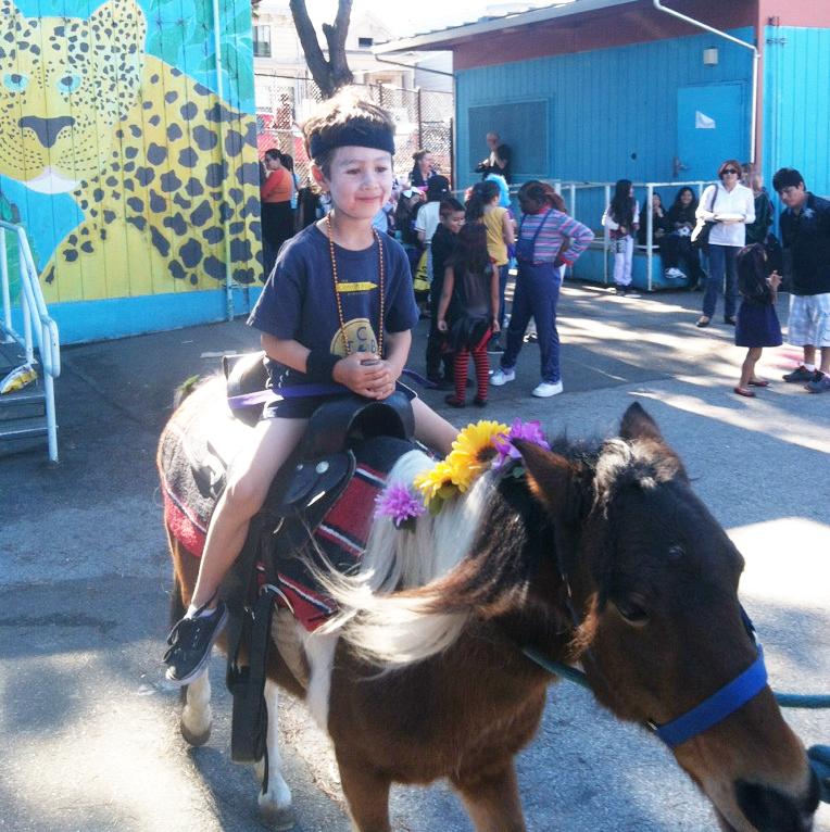 Zombie_riding_pony_2012